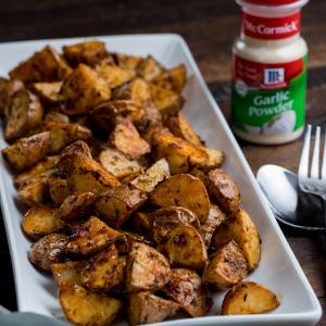 Garlic And Herb Roasted Potatoes - McCormick®